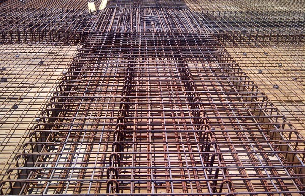 REBARS is a spreadsheet program to determine reinforcing bar development and splice lengths for steel reinforcement