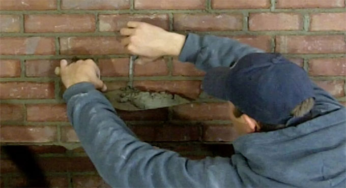 Some useful tips to repair the damage to the brick wall