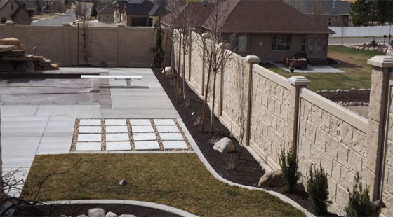 How to develop robust StoneTree concrete fence walls